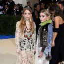 Mary-Kate and Ashley Olsen – 2017 MET Costume Institute Gala in NYC - 454 x 682