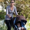 Bridget Moynahan Out For A Walk With Her Son In Pacific Palisades 2008-05-21