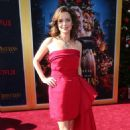 Kimberly Williams-Paisley – 'The Christmas Chronicles' Premiere in Los Angeles - 454 x 663