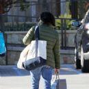 Shannen Doherty in Green Jacket – Shopping in Malibu - 454 x 657