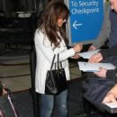 Paula Abdul arriving on a flight at LAX airport in Los Angeles, California on January 12, 2015 - 424 x 594