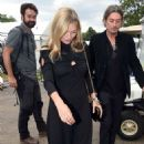 Kate Moss – Arrives at Hyde Park for Barbara Streisand's performance in London - 454 x 751