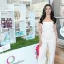 Emeraude Toubia – Hosts P&G's #WeAreOrgullosa Beauty Event in NY - 454 x 302