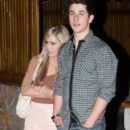 David Henrie and Elle Mclemore - 417 x 793