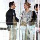 "Ed Westwick & Kelly Rutherford On Set Of ""Gossip Girl"""