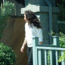 Sandra Oh – Seen arriving at her home in LA - 454 x 447