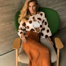 Carolina Dieckmann - Estilo De Vida Magazine Pictorial [Brazil] (January 2016) - 448 x 590