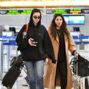 Dua Lipa – Arrives at LAX International Airport in LA - 454 x 618