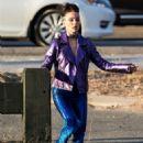 Natalie Portman – Filming 'Vox Lux' in NY - 454 x 681