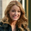 """Blake Lively - Walking To The Set Of Her TV Show """"Gossip Girls"""" In New York City, March 14"""