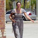 Mandy Moore – Leaving a health spa in Los Angeles - 454 x 681