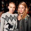 Camille Rowe – Christian Dior Fashion Show in Paris - 454 x 401