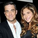 Robbie Williams and Ayda Field - 454 x 299