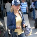 Hayden Panettiere - Jul 01 2007 - Candids At Airport LAX