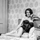 Elaine Devry - 454 x 387