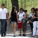 Matthew Fox- July 9, 2009-Fox family see the Colosseum - 454 x 321