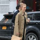 Karlie Kloss with Joshua Kushner shopping in SoHo - 454 x 683