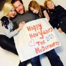 Tori Spelling Shares New Year's Family Photo with Dean McDermott Amid Cheating Rumors - 300 x 400