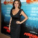 Kelly Brook - Piranha 3D Premiere In Paris - 2010-09-01
