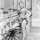 Beverly Garland's Knock-out figure!