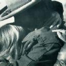 Clint Eastwood and Sondra Locke - 454 x 302