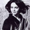 Michèle Mercier - 454 x 650