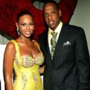 The twosome posed at a Beyonce-hosted auction to benefit VH1's Save the Music foundation. JUNE 23, 2005