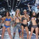 Victoria's Secret Show 2018 - 454 x 303