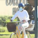 Alex Rodriguez and Jennifer Lopez – Bike ride in Hamptons – New York