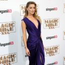 Actress Amber Heard attends the premiere of Warner Bros. Pictures'