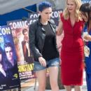 Anna Paquin, Kristin Bauer Van Straten and True Blood' Cast Makes Final Comic-Con Appearance! - 416 x 594