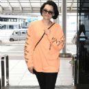 Jessie J at Narita International Airport in Tokyo - 454 x 772