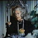 Killer Bees - Gloria Swanson - 454 x 346