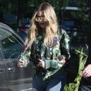 Khloe Kardashian is spotted leaving a studio in Los Angeles, California on March 28, 2017 - 452 x 600