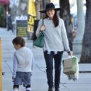 Selma Blair is seen out shopping for groceries in Studio City, California on January 21, 2017 - 454 x 550