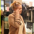 Kate Hudson:Boutique Bargain Shopping