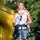 Jennifer Aniston On The Set Of Mothers Day In Atlanta