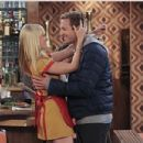 Beth Behrs and Ryan Hansen