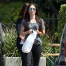 Megan Fox in Black Ripped Jeans Shopping in Malibu - 454 x 681