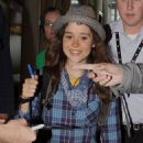 Ellen Page Arriving Into Pearson Airport In Toronto, 09.09.2010.