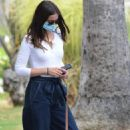 Ana de Armas – Seen outside Ben Affleck's house in Brentwood