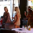 Jessica Simpson At An Italian Restaurant In Beverly Hills