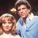 Shelley Long and Ted Danson in Cheers (1982)