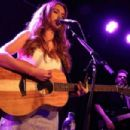 Una Healy – Performs live at the Lexington on Pentonville Road in London - 454 x 303