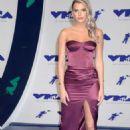 Alissa Violet – MTV 2017 Video Music Awards in Los Angeles - 454 x 690