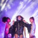 Beyonce Performs Live On The Run Tour In Miami
