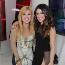 MuchMusic Awards 2012 - Shenae Grimes & Kelly Clarkson - 454 x 642