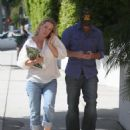 Jennie Garth - At A Medical Building In Beverly Hills, 2010-04-12