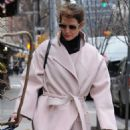 Cobie Smulders in Pinh Coat – Shopping in NYC - 454 x 681