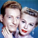White Christmas 1954 Film Musical Starring Bing Crosby and Danny Kaye - 454 x 350